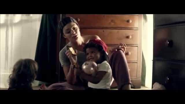 "Lil wayne ""good kush & alcohol (bitches love me)"" (feat. Drake."
